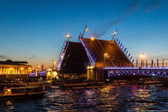 Разводные мосты Санкт-Петербурга — экскурсия на катере